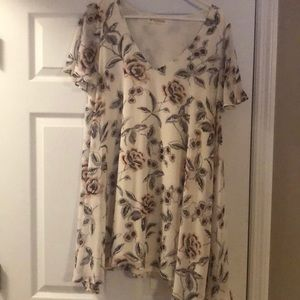Flowing tunic top